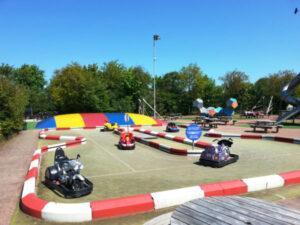 Texel-vakantiehuisje huren De Krim Texel buiten speelterrein